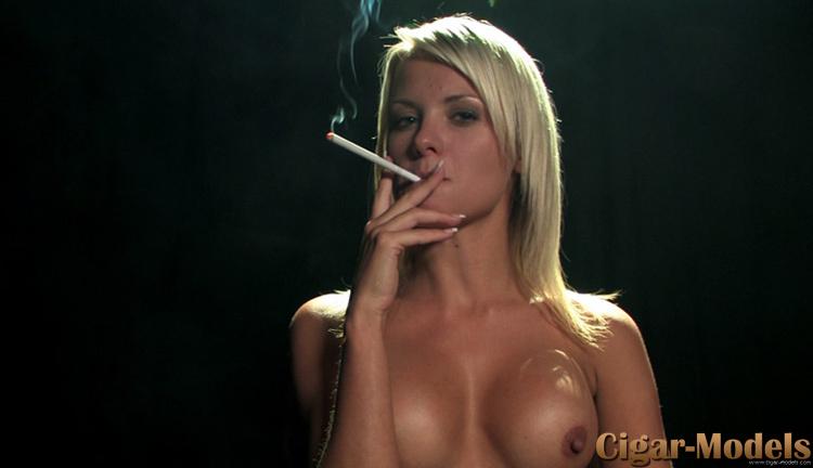 real hot ladies smoking